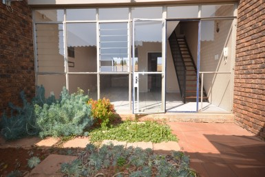 2 Bedroom Townhouse  For Sale in Lyttelton Manor | 1329279 | Property.CoZa