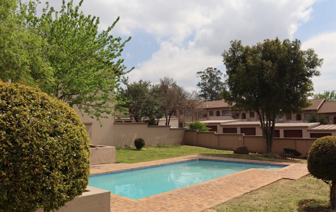 2 Bedroom   For Sale in Buccleuch | 1330195 |  Photo Number 21