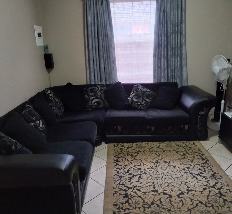 2 Bedroom   For Sale in Emalahleni Ext 10 | 1330663 |  Photo Number 9