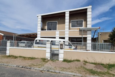 5 Bedroom House  For Sale in Kuilsrivier South SH | 1331901 | Property.CoZa