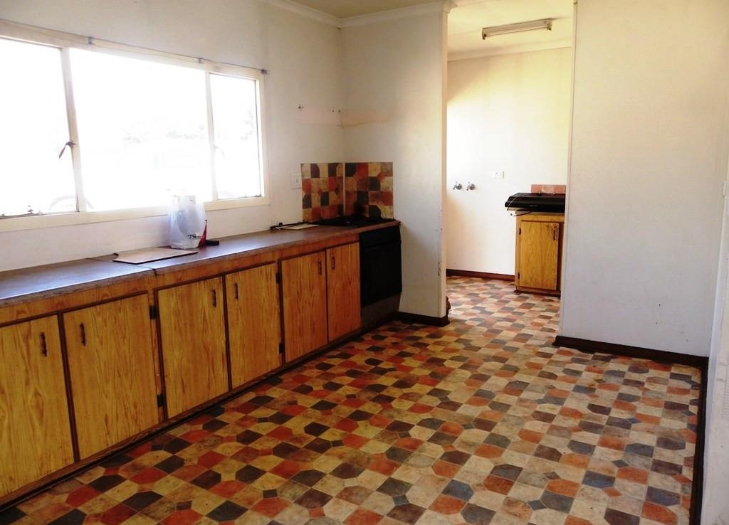 6 Bedroom   For Sale in Harrismith   892410    Photo Number 10