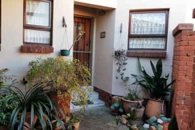2 Bedroom Townhouse  For Sale in Harrismith | 982676 | Property.CoZa