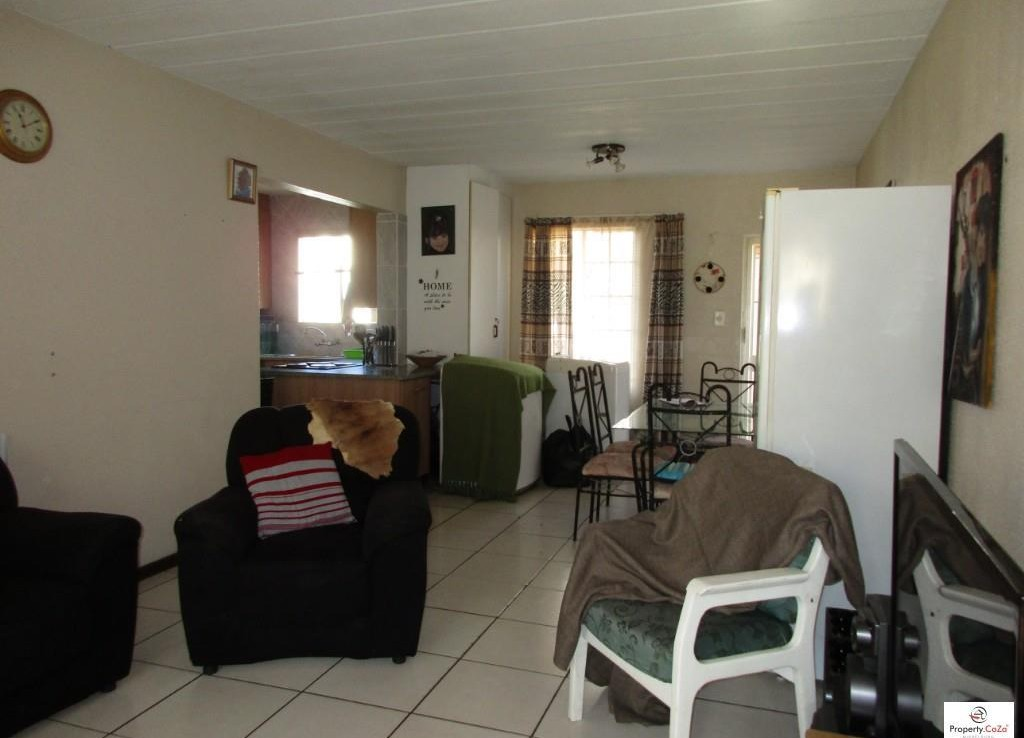 2 Bedroom   For Sale in Mineralia | 991511 |  Photo Number 4