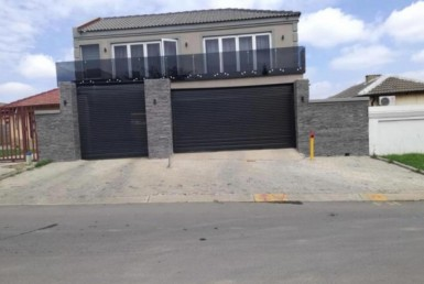 5 Bedroom House  For Sale in Birch Acres | 1252797 | Property.CoZa