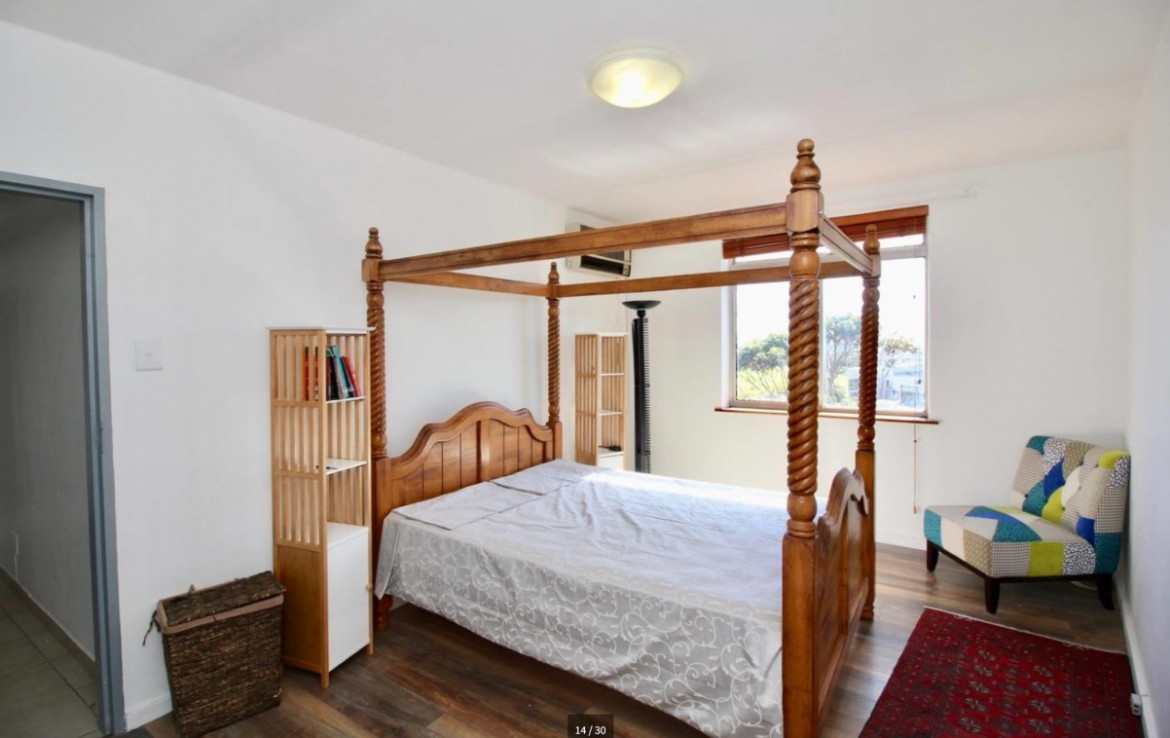2 Bedroom   For Sale in Green Point   1159294    Photo Number 7