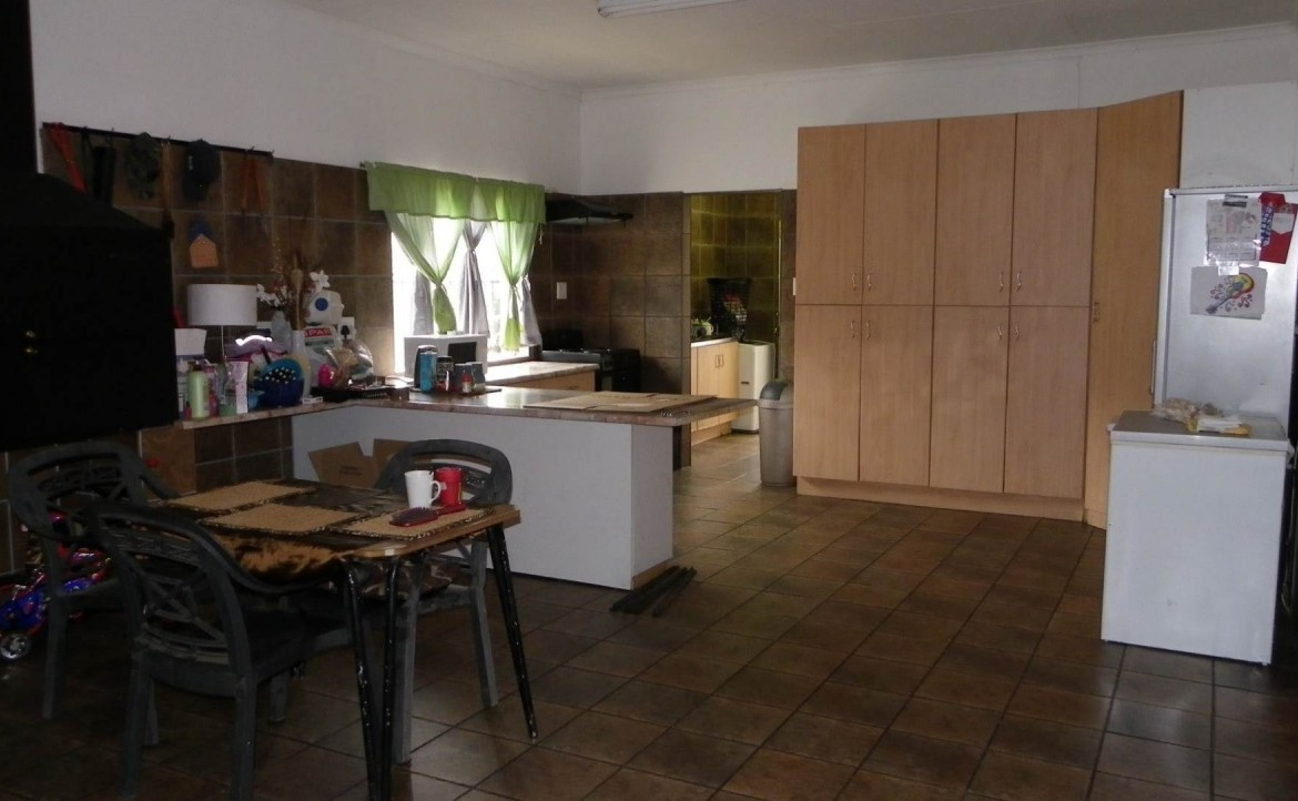 3 Bedroom   For Sale in Harrismith | 1212635 |  Photo Number 6
