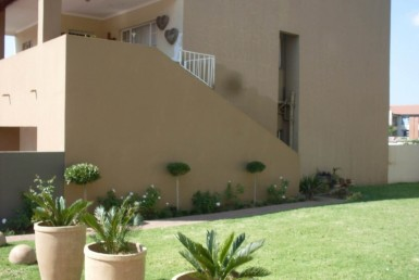 2 Bedroom Townhouse  For Sale in Jansenpark | 1278020 | Property.CoZa