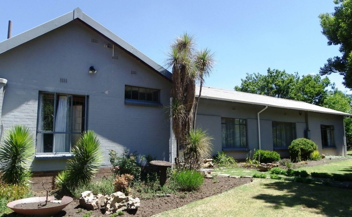 4 Bedroom   For Sale in Harrismith | 1219993 |  Photo Number 1