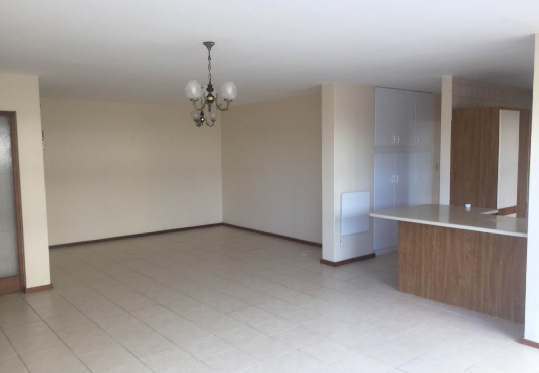 3 Bedroom   For Sale in Beach Road   1241873    Photo Number 14