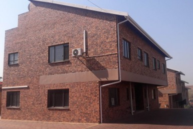 3 Bedroom Townhouse  To Rent in Reservoir Hills | 1289817 | Property.CoZa