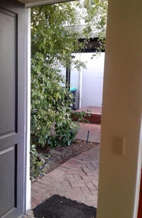 2 Bedroom   For Sale in Rondebosch Village   915640    Photo Number 18