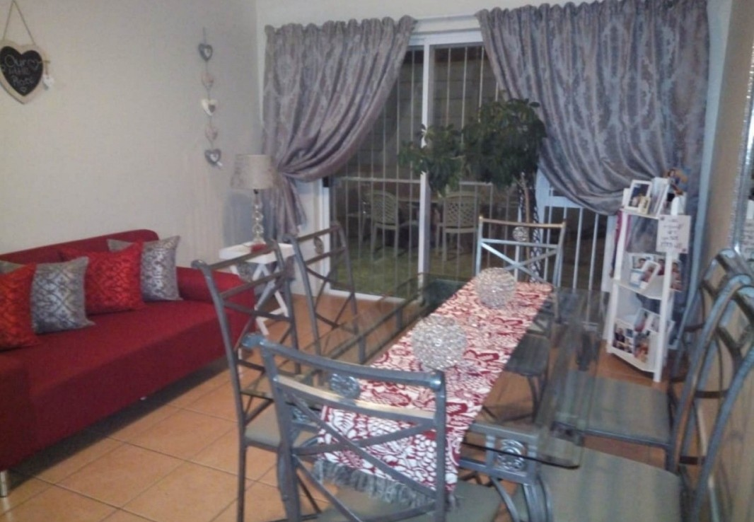 2 Bedroom   For Sale in Strand | 1238838 |  Photo Number 3