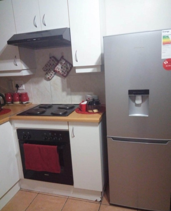 2 Bedroom   For Sale in Strand | 1238838 |  Photo Number 6
