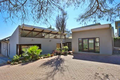 Business  For Sale in Greenside | 1293016 | Property.CoZa
