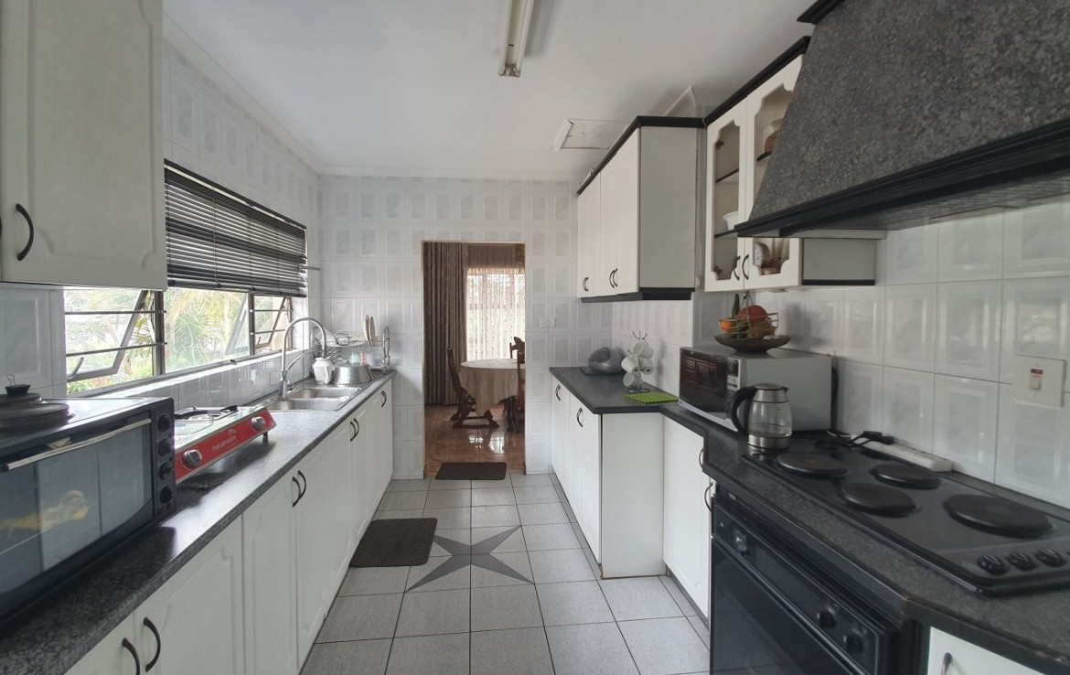 3 Bedroom   For Sale in Red Hill   1296142    Photo Number 8