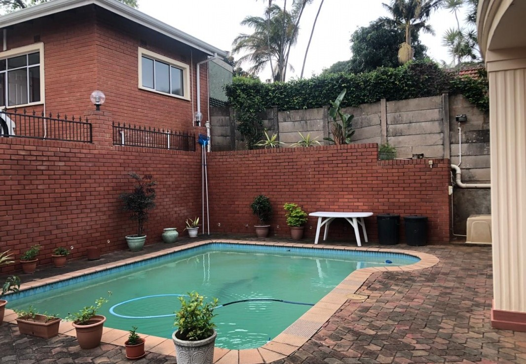 6 Bedroom   For Sale in Musgrave | 1296332 |  Photo Number 8