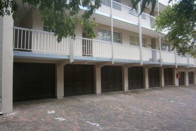 2 Bedroom Townhouse  For Sale in South Crest | 1298368 | Property.CoZa