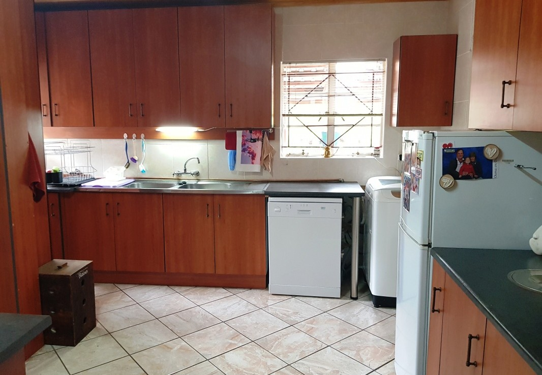 3 Bedroom   For Sale in Harrismith   1298924    Photo Number 16