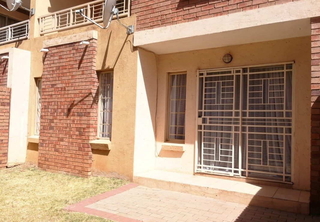 2 Bedroom   For Sale in The Orchards | 1300730 |  Photo Number 14