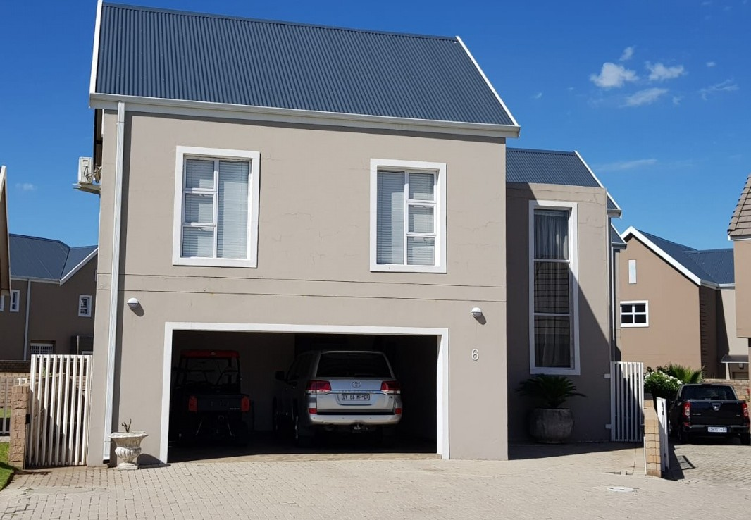 5 Bedroom   For Sale in Riverspray Lifestyle Estate | 1300904 |  Photo Number 1