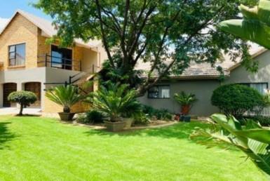 5 Bedroom House  For Sale in Brackenhurst   1301824   Property.CoZa