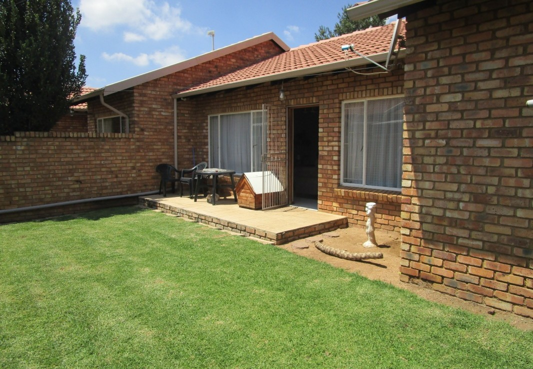 3 Bedroom   For Sale in Beyers Park   1303911    Photo Number 6