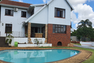 5 Bedroom House  For Sale in Glenwood | 1303908 | Property.CoZa