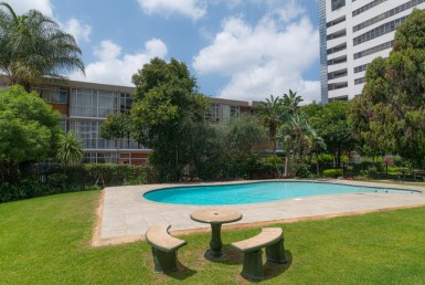 2 Bedroom Apartment / Flat  For Sale in Sandown | 1305119 | Property.CoZa