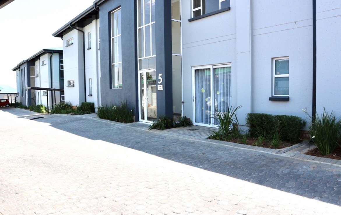 2 Bedroom   For Sale in Modderfontein AH | 1297329 |  Photo Number 19