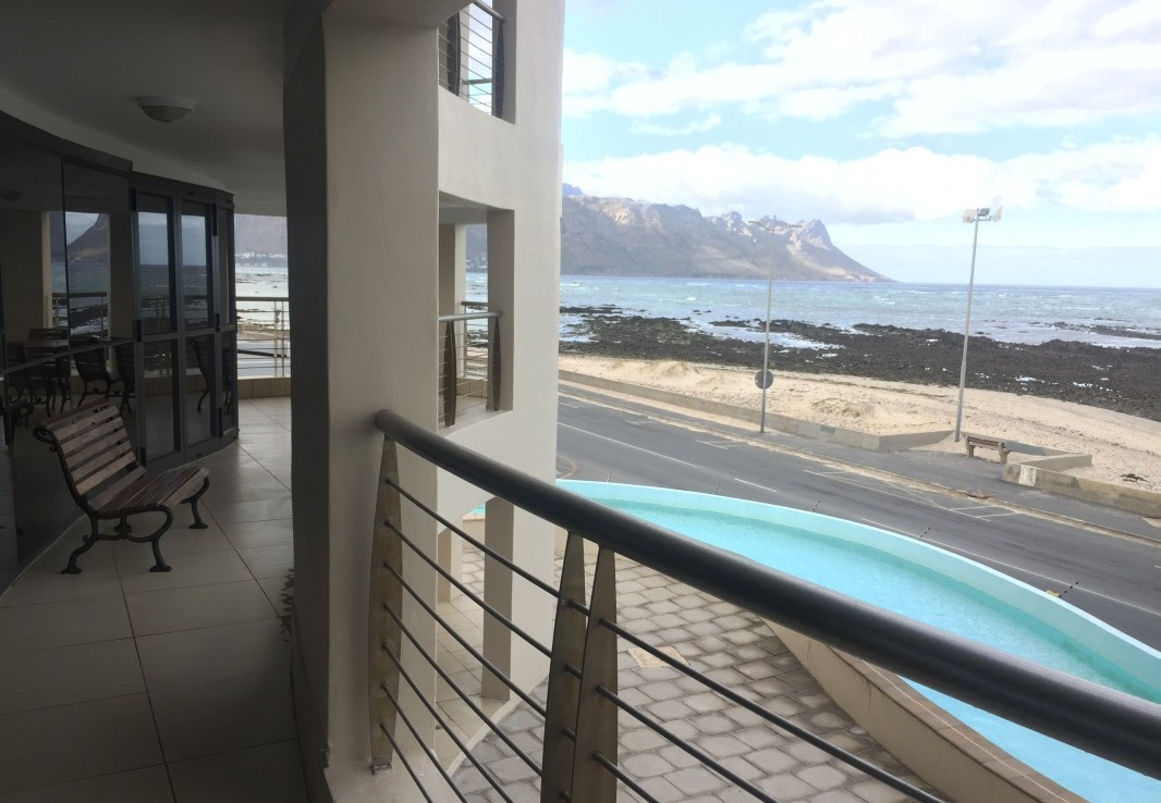 3 Bedroom   For Sale in Strand South | 1303712 |  Photo Number 4