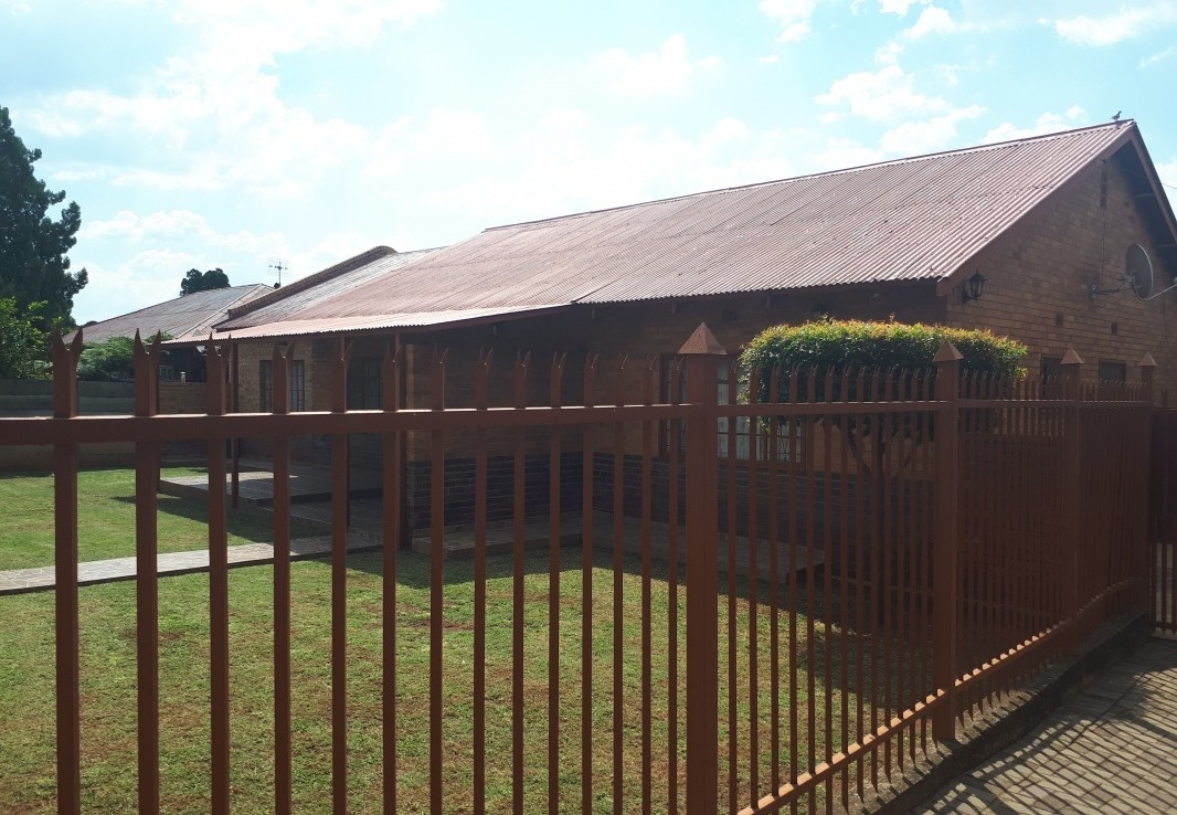 3 Bedroom   For Sale in Lindo Park | 1306200 |  Photo Number 13
