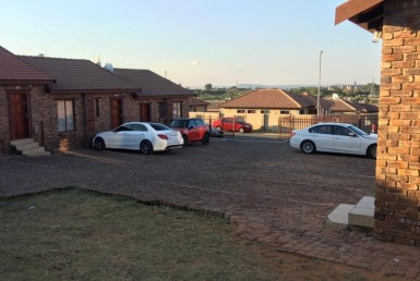2 Bedroom Townhouse  For Sale in Olievenhoutbosch   1306474   Property.CoZa