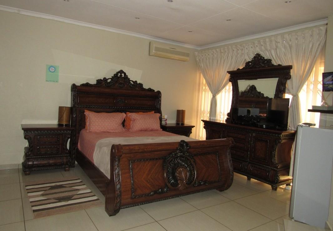 3 Bedroom   For Sale in Kempton Park | 1306664 |  Photo Number 11