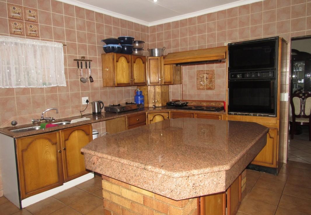 3 Bedroom   For Sale in Kempton Park | 1306664 |  Photo Number 3