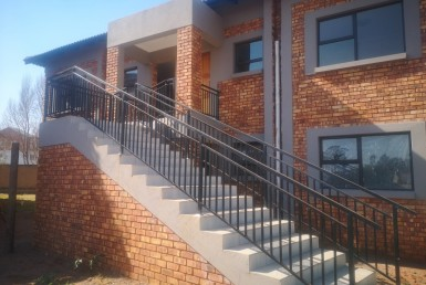 3 Bedroom Townhouse  For Sale in Helderwyk Estate | 1307562 | Property.CoZa