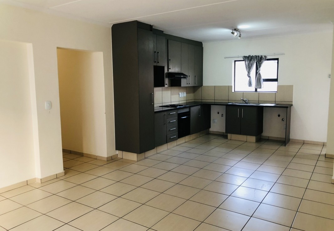 3 Bedroom   For Sale in Barbeque Downs | 1307586 |  Photo Number 10