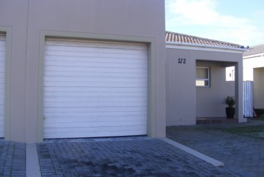 2 Bedroom House  For Sale in Muizenberg | 1307707 | Property.CoZa
