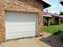 2 Bedroom   To Rent in Hurlyvale | 1308639 |  Photo Number 1