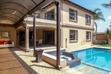 4 Bedroom House  For Sale in Helderwyk Estate | 1308704 | Property.CoZa