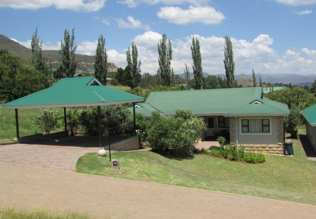 4 Bedroom   For Sale in Clarens Golf & Trout Estate | 1235750 |  Photo Number 1