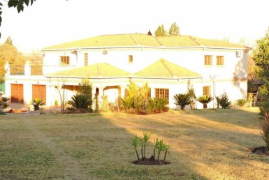 5 Bedroom Small Holding (Plot)  For Sale in Jackaroo AH | 1283924 | Property.CoZa