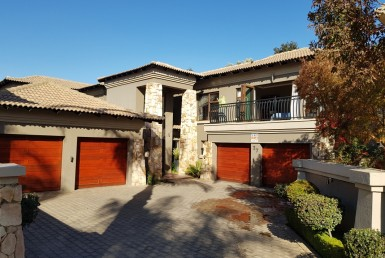 4 Bedroom House  For Sale in Beyers Park | 1308950 | Property.CoZa