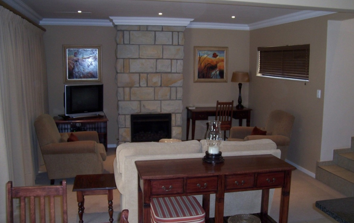 2 Bedroom   For Sale in Clarens Golf & Trout Estate | 1310220 |  Photo Number 3