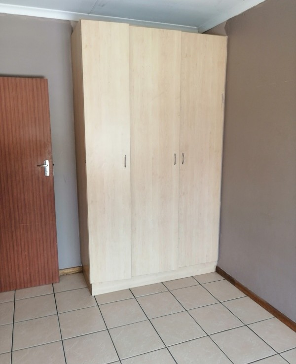 2 Bedroom   For Sale in Brits Central   1310816    Photo Number 6
