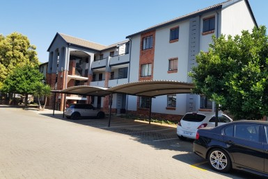 2 Bedroom Townhouse  For Sale in Ravenswood | 1311104 | Property.CoZa