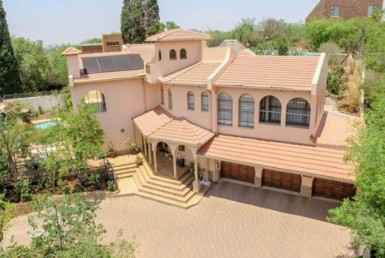 5 Bedroom House  For Sale in Glenvista | 1284481 | Property.CoZa