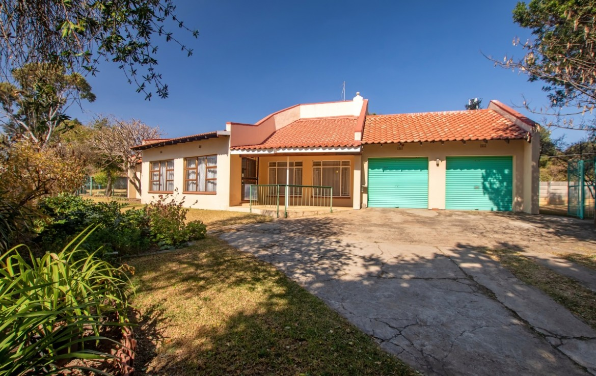 3 Bedroom   For Sale in Malanshof | 1311600 |  Photo Number 2