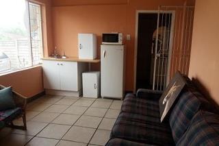 4 Bedroom   For Sale in Albertville | 1311952 |  Photo Number 9