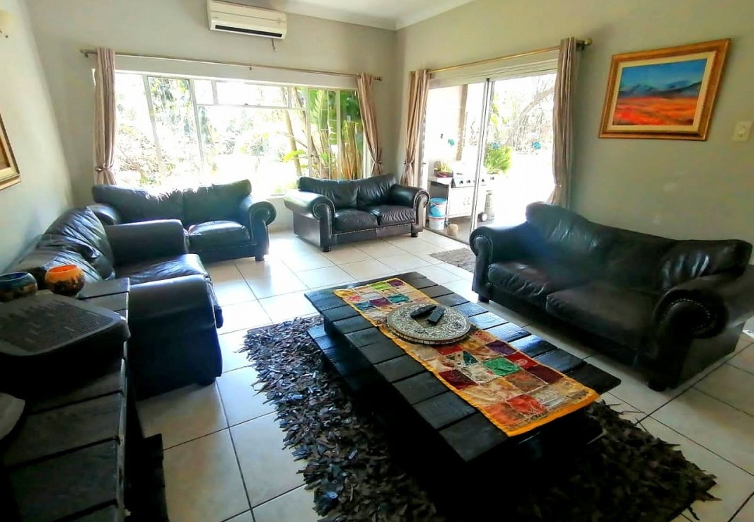 4 Bedroom   For Sale in Moregloed | 1312268 |  Photo Number 4