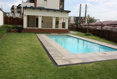 2 Bedroom Apartment / Flat  For Sale in Greenstone Gate | 896823 | Property.CoZa